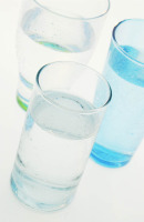 water to get rid of puffy eyes
